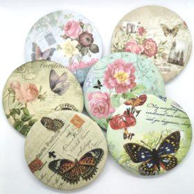 Fint lille håndtaskespejl med mindre sommerfugle og blomster