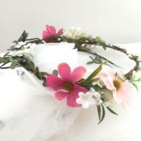 Blomsterkrans med slør