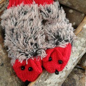Søde pindsvine vanter – røde