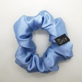 Silke scrunchies – Powder Blue